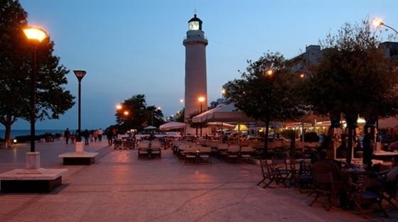 """""""Κάθε πέρσι και καλύτερα"""" δηλώνουν οι επαγγελματίες Καφέ – Εστίασης στην Αλεξανδρούπολη"""