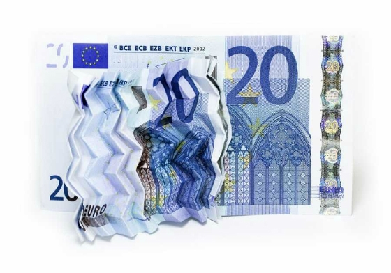 Στα ΚΕΠ για το επίδομα ως 600 ευρώ σε οικογένειες ορεινών κ μειονεκτικών περιοχών