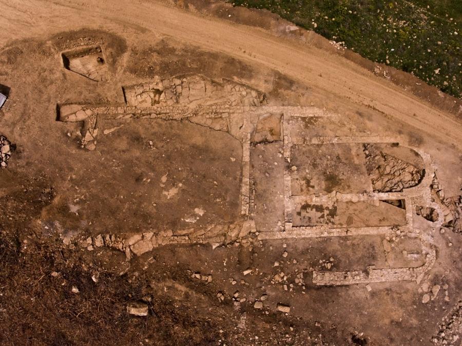 Πόταμος, πρώιμη βυζαντινή τρίκλιτη βασιλική