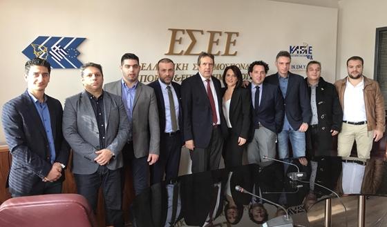 Οι εκλέκτορες της ΟΕΕΘ από τον Εμπορικό Σύλλογο Αλεξανδρούπολης με τον νέο Πρόεδρο της ΕΣΕΕ Γιώργο Καρανίκα