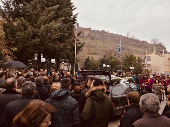 Τραγικές στιγμές στην κηδεία της Ελένης στο Διδυμότειχο