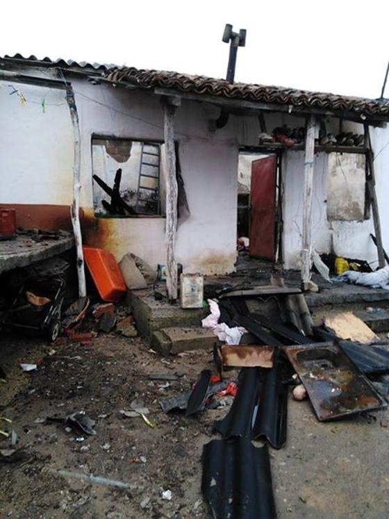 Ολοκληρωτική καταστροφή στο σπίτι της οικογένειας