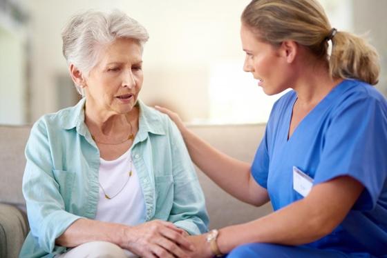 Νόσος Alzheimer: βελτιώνοντας την αλληλεπίδραση πάσχοντα- φροντιστή