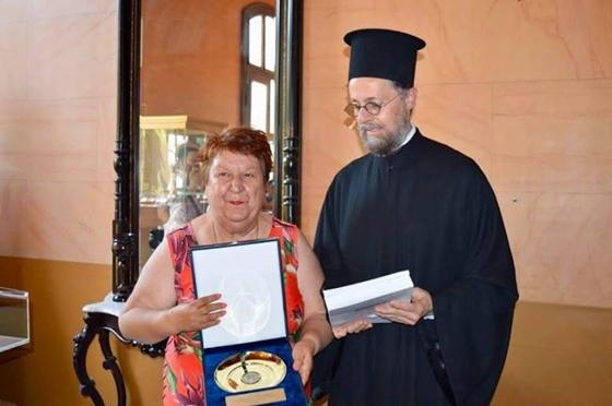 Ο δήμος Καβάλας βράβευσε τον π. Απόστολο Καβαλιώτη για τον πολυσχιδές έργο του
