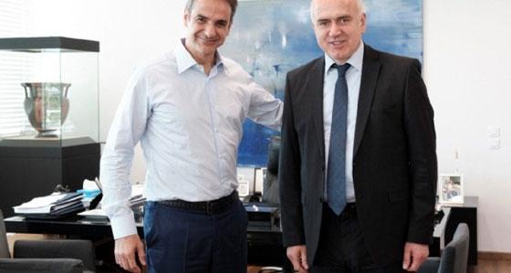 """Περίεργο δημοσίευμα του """"periodista.gr"""": """"Ο (γαλάζιος) Περιφερειάρχης, ο αμαρτωλός διαγωνισμός και μια περίεργη ιστορία..."""""""