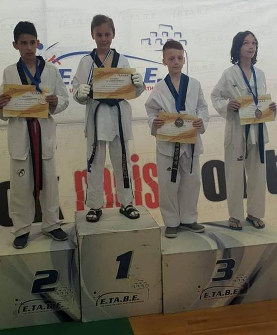 Χρυσό μετάλλιο για τον Αλεξανδρουπολίτη αθλητή Νίκο Σταθόπουλο στο 2ο προκριματικό πρωτάθλημα της Ε.ΤΑ.Β.Ε