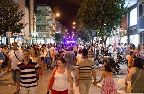 Αλεξανδρούπολη: Πιο αργά θα κλείνουν το καλοκαίρι τα εμπορικά καταστήματα