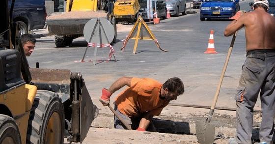 ΓΣΕΕ: Οδηγίες προς τους εργαζομένους για την αντιμετώπιση της θερμικής καταπόνησης