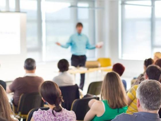 ΟΑΕΔ: Ξεκίνησαν οι αιτήσεις στα δήμοσια ΙΕΚ για τις προσλήψεις εκπαιδευτικών