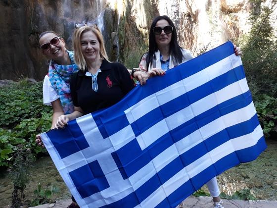 Σε σχολείο της  Κροατίας το Γυμνάσιο Φερών - Ενθουσιάστηκαν από το δώρο της ελληνικής αποστολής!