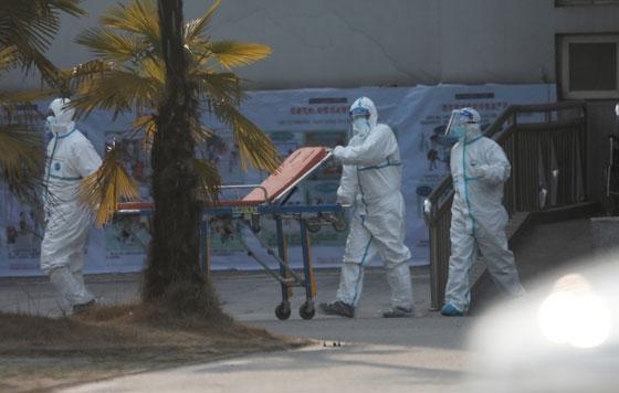 ΕΚΑΒ: Άσκηση στο νοσοκομείο Αλεξανδρούπολης για πιθανό κρούσμα κορονοϊού (video)