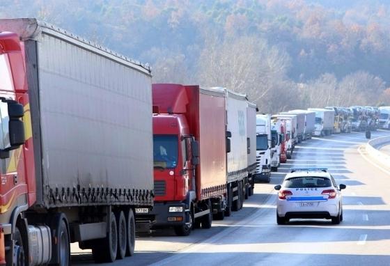 Απαγορεύτηκε η κυκλοφορία των φορτηγών ενόψει Δεκαπενταύγουστου