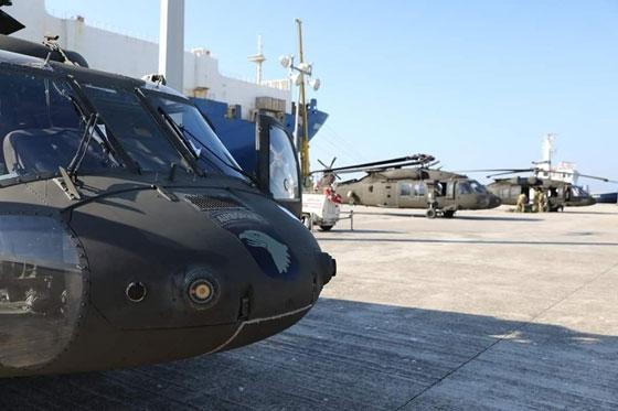 Αλεξανδρούπολη: Έτοιμα για απογείωση τα αμερικάνικα ελικόπτερα (φώτο)