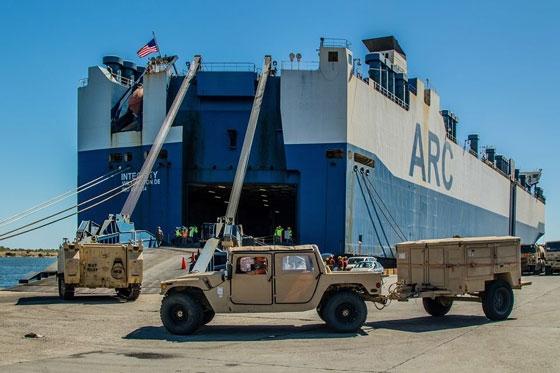 Το γιγαντιαίων διαστάσεων αμερικανικό φορτηγό πλοίο έβαλε πλώρη για Αλεξανδρούπολη (video & photo)