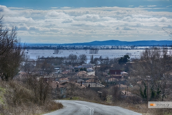 Οι αρχές καλούν τους κατοίκους να μην πλησιάζουν τα αναχώματα των ποταμών Έβρου - Άρδα - Ερυθροποτάμου