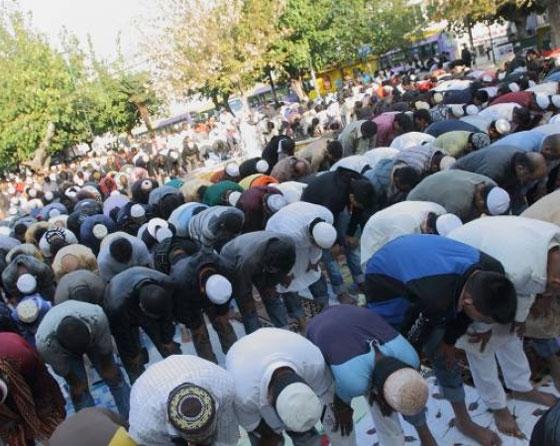 Καλούν τους μουσουλμάνους της Θράκης να ξεσηκωθούν