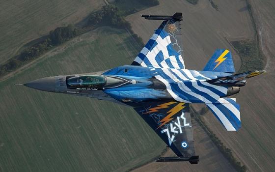 Αλεξ/πολη: Αεροπορική επίδειξη του μαχητικού αεροσκάφους «F-16 ZEYΣ».