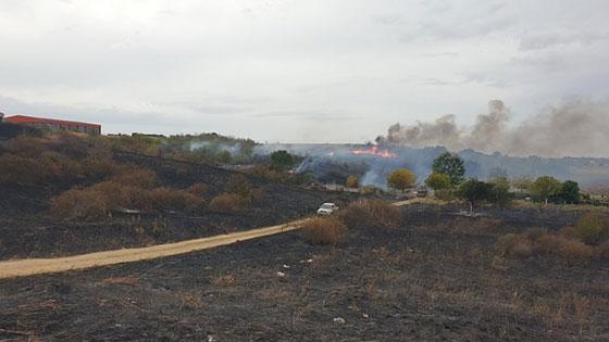 Φωτιά στην ΒΙΠΕ Ορεστιάδας - Χρειάστηκε επέμβαση από αέρος (video)