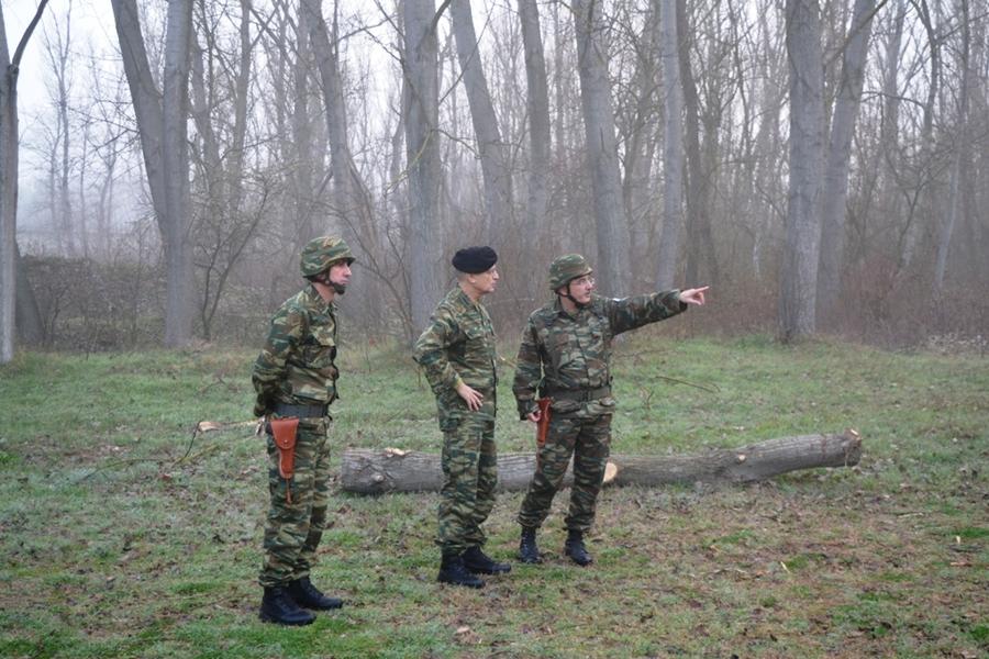 Έβρος: Περιπολία με τις μονάδες που βρίσκονται στα σύνορα έκανε ο αρχηγός ΓΕΣ (φωτο)