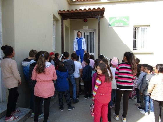 Ο παγκόσμιος πρωταθλητής ακοντισμού Γκατσιούδης στα σχολεία των Σαπών Ροδόπης