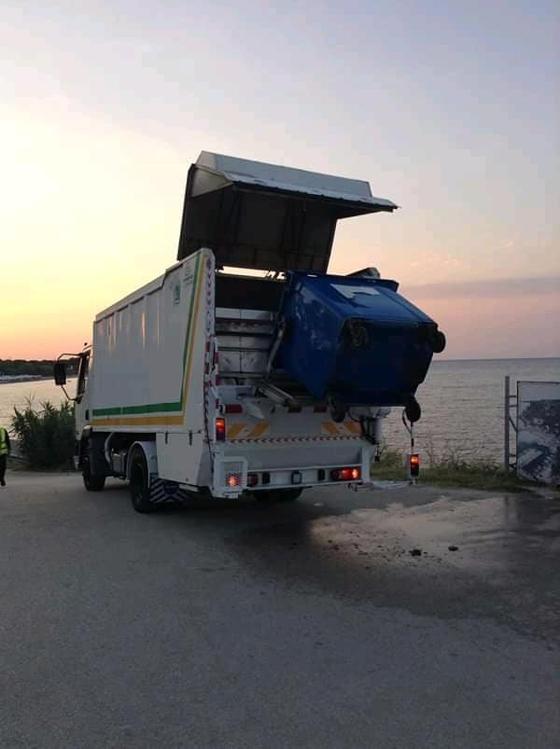 Απολυμάνθηκαν οι κάδοι σκουπιδιών στην Κοινότητα Μάκρης