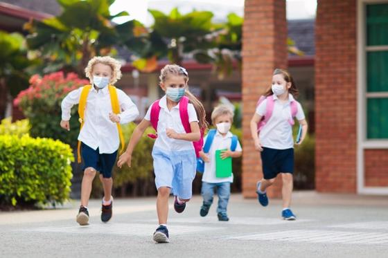 Μασκοφόροι ενδέχεται να είναι οι μαθητές για το νέο σχολικό έτος