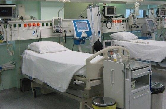 ΠΓΝΑ: 10 κενές κλίνες υπάρχουν διαθέσιμες και 3 ασθενείς νοσηλεύονται σε ΜΕΘ